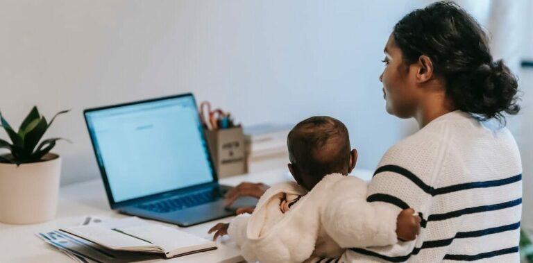 Inkomensdaling moeders te wijten aan traditionele gezinsopvatting
